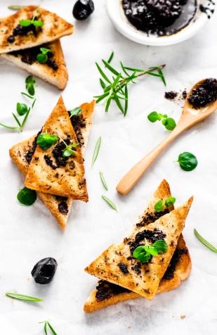 Knusprige Tapenade-Tofu (1 von 1)