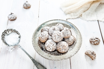 Schwarzsesam-Amaretti Kekse (1 von 1)