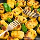 Gefüllte Gnocchi in Erdnuss-Kokos-Sauce_1