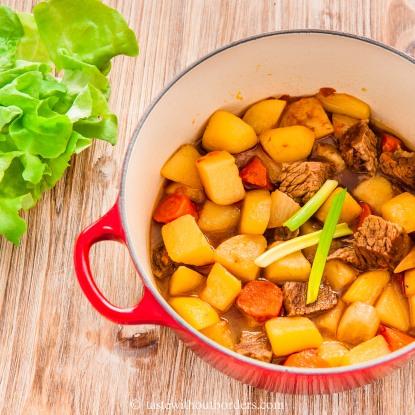 Sichuan Rindfleisch Kartoffel Eintopf