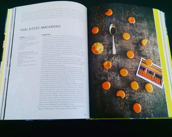"""Mein Koch- und Lifestyle-Buch """"Sichuanpfeffer meets Sauerkraut""""- Rezept: Thai Eistee-Macarons"""